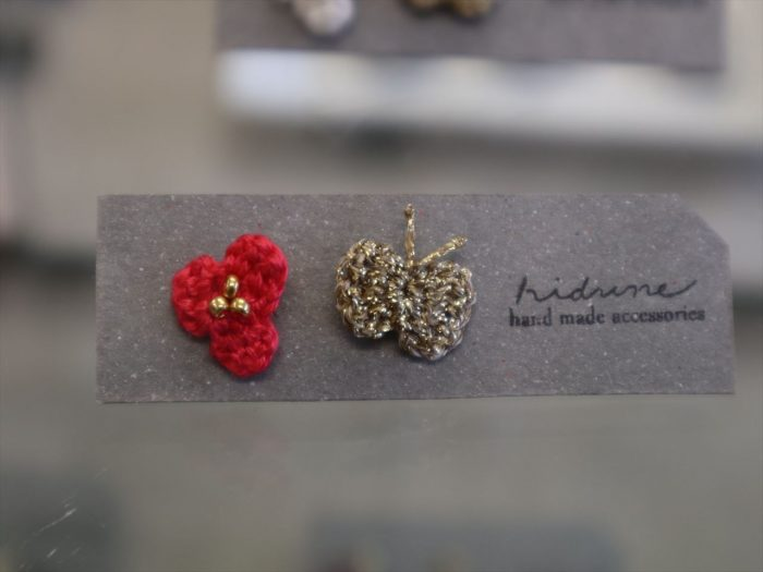 hidune 「花」と「蝶々」のアクセサリー
