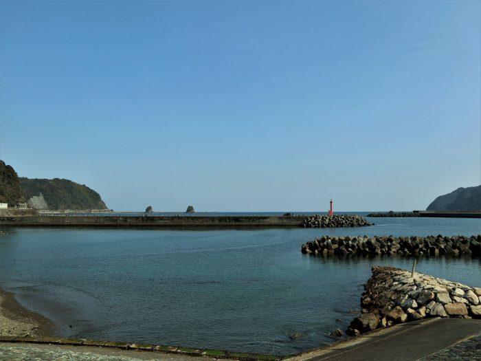 ふるさと海岸からの久礼湾の眺め